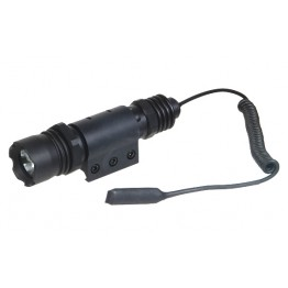 UTG COMBAT TACTICAL FLASHLIGHT 126 LUMENS